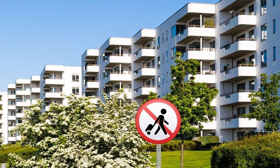 ¿Pueden las comunidades de vecinos prohibir el alquiler vacacional?